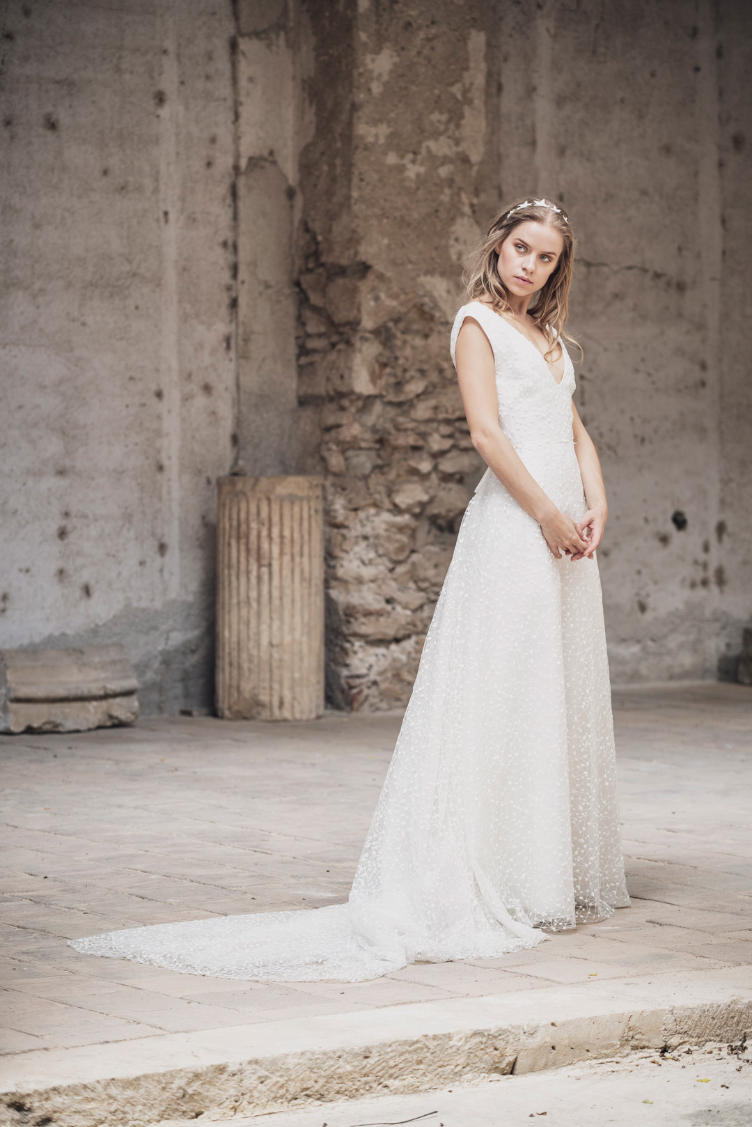 mod-Cassiopea-More-bridal-collection-2019-stardust-7